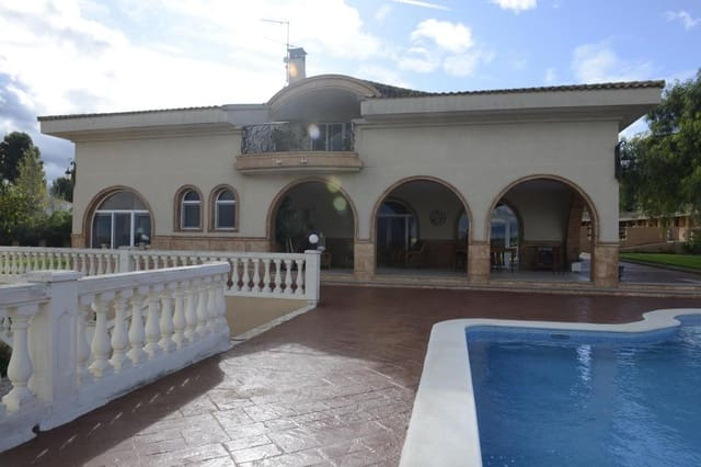 6 chambre Finca/Maison de Campagne à vendre à Monserrat avec piscine - 1 990 000 € (Ref: 4914942)