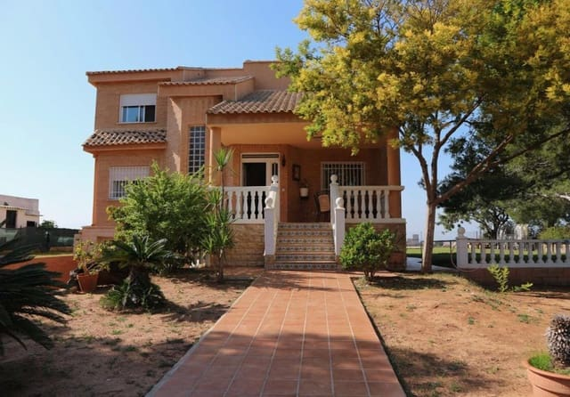 4 sovrum Villa till salu i Monserrat med pool garage - 260 000 € (Ref: 4967101)