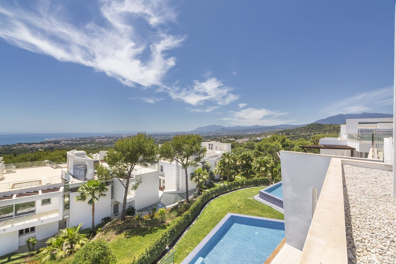 4 bedroom Townhouse for sale in Marbella with pool garage - € 1,980,000 (Ref: 4460606)