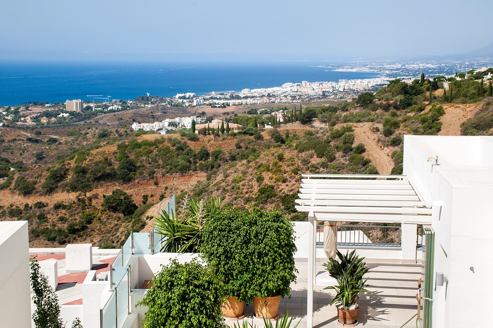 2 bedroom Apartment for sale in Marbella with pool garage - € 349,000 (Ref: 4628252)