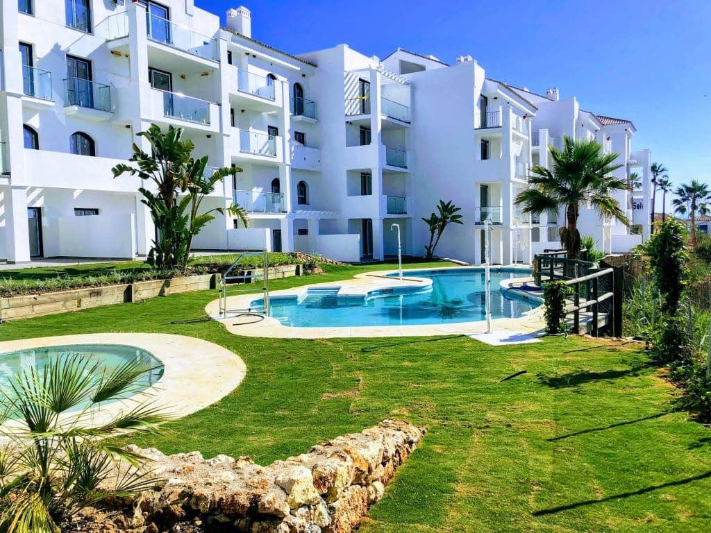 3 bedroom Penthouse for sale in Manilva with pool garage - € 378,000 (Ref: 4742015)