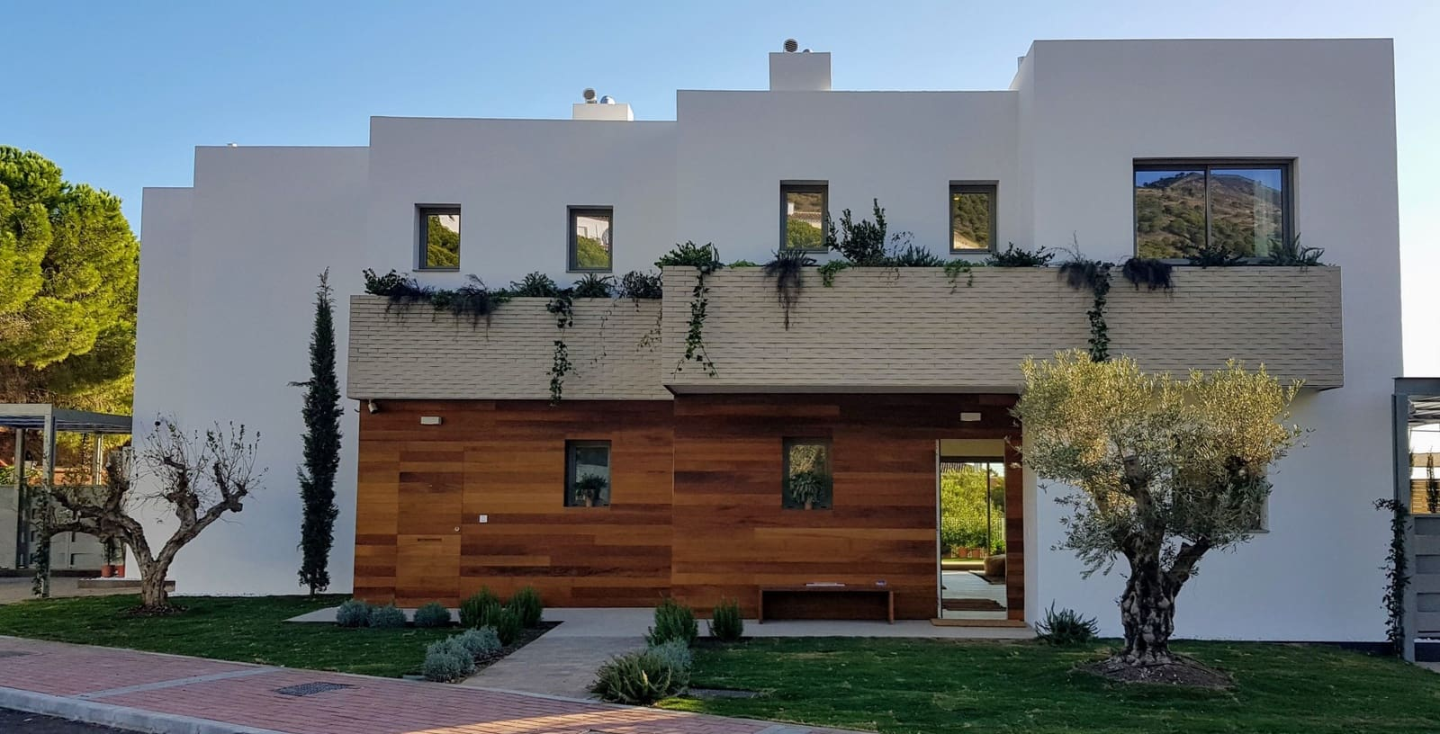 3 bedroom Semi-detached Villa for sale in Benalmadena with pool garage - € 475,000 (Ref: 4780820)