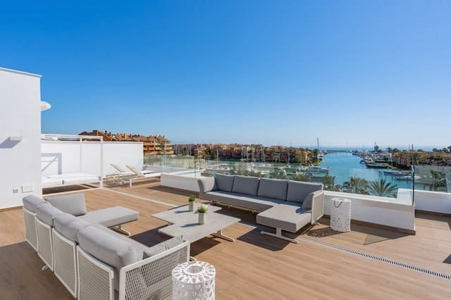 4 soveværelse Penthouse til salg i Sotogrande med swimmingpool - € 1.599.000 (Ref: 5991539)