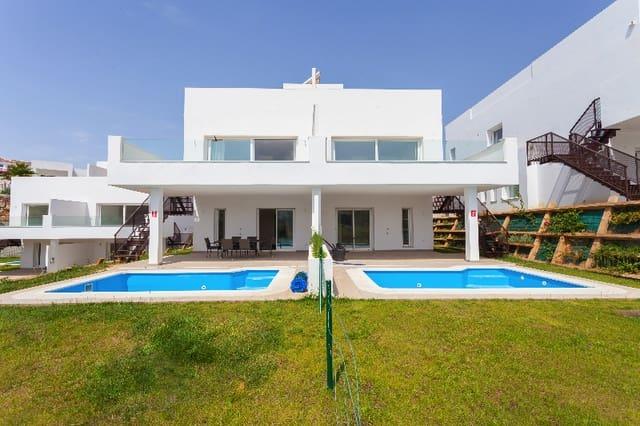 3 quarto Moradia Geminada para venda em Mijas Costa com piscina - 485 000 € (Ref: 6081070)