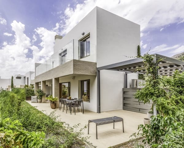 3 quarto Moradia Geminada para venda em Benalmadena com piscina - 545 000 € (Ref: 6081073)