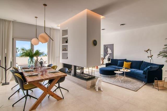 4 quarto Casa em Banda para venda em Benalmadena Costa com piscina - 471 000 € (Ref: 6081208)
