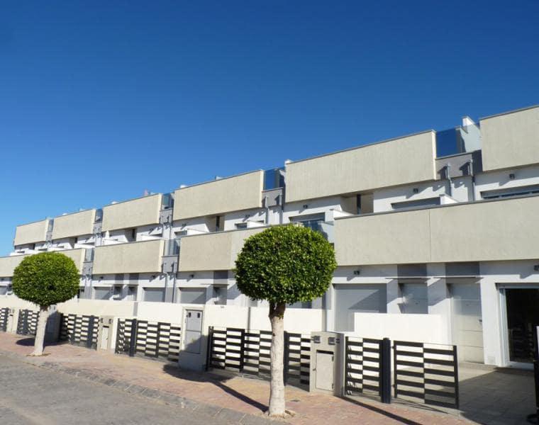 Casa de 3 habitaciones en Pilar de la Horadada en venta - 166.000 € (Ref: 4482124)