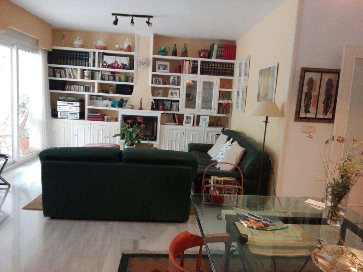 5 sypialnia Dom szeregowy na sprzedaż w Miasto Malaga z basenem garażem - 650 000 € (Ref: 3987040)