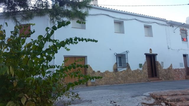 6 soveværelse Byhus til salg i Pozo Alcon - € 106.500 (Ref: 4810072)