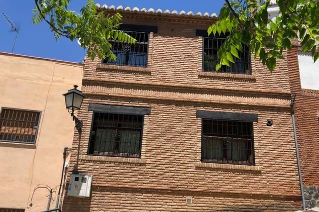 3 sovrum Grotthus till salu i Granada stad - 210 000 € (Ref: 5745102)