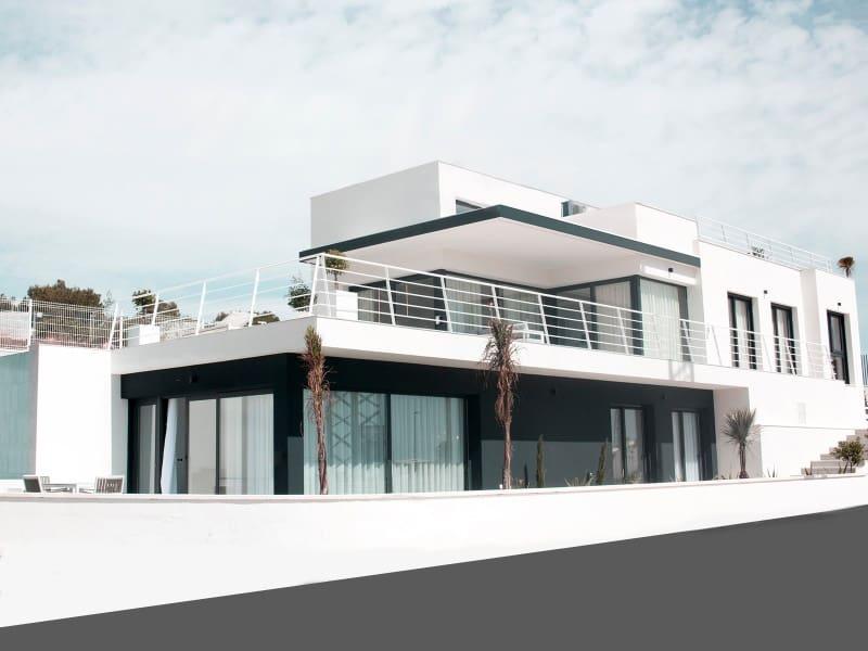 Chalet de 3 habitaciones en Orihuela en venta con piscina - 599.000 € (Ref: 4008842)