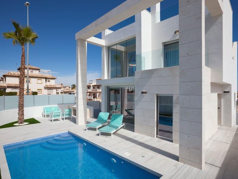Chalet de 3 habitaciones en Orihuela en venta - 389.000 € (Ref: 4048374)