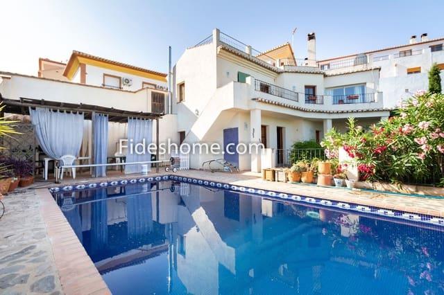 4 chambre Villa/Maison Mitoyenne à vendre à El Pinar avec piscine - 249 000 € (Ref: 5146429)