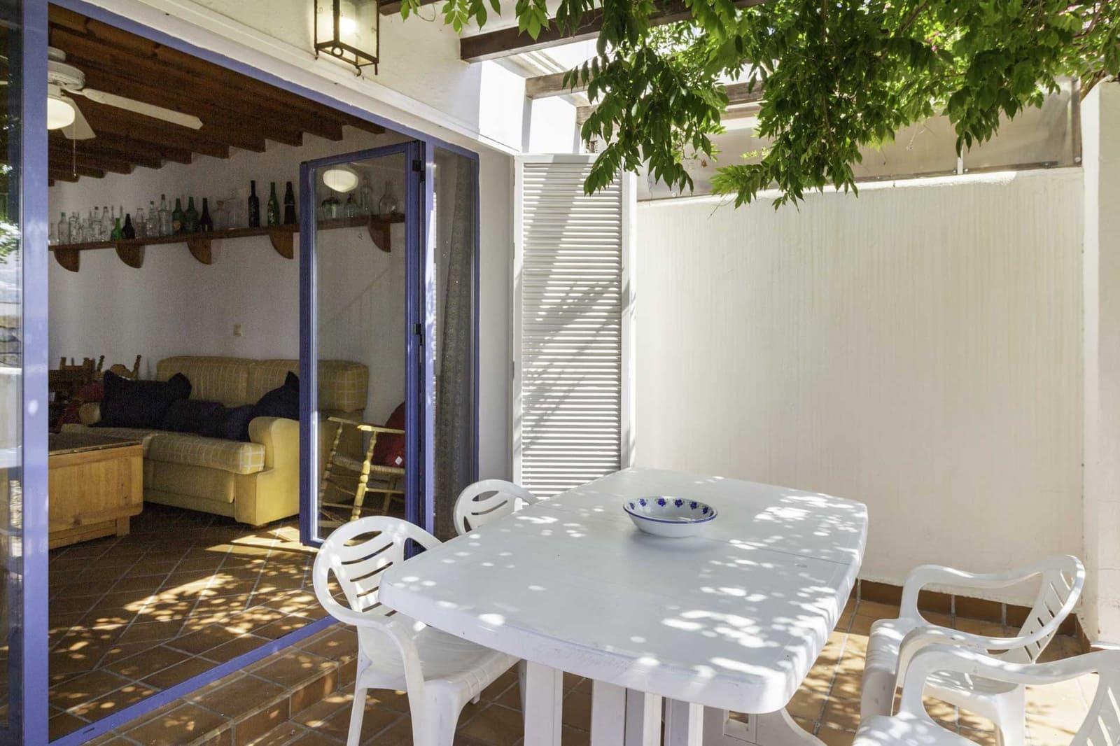 3 makuuhuone Rivitalo vuokrattavana paikassa Almunecar mukana  autotalli - 800 € (Ref: 5834184)