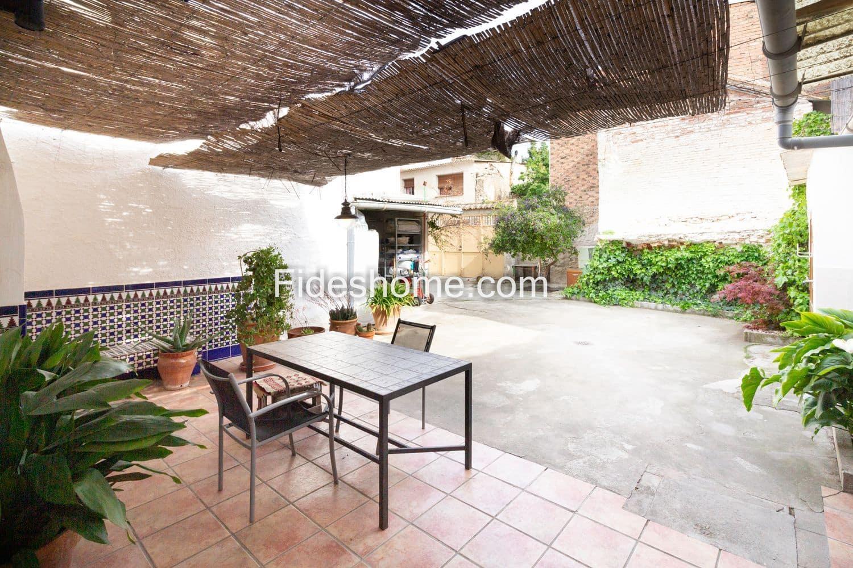 4 makuuhuone Rivitalo myytävänä paikassa Durcal - 144 000 € (Ref: 6011728)
