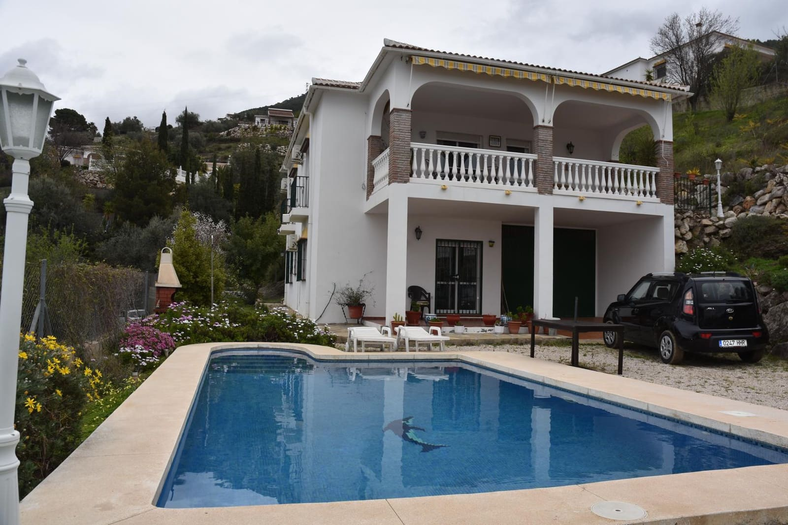 3 bedroom Villa for sale in Alcaucin with pool - € 275,000 (Ref: 4365516)
