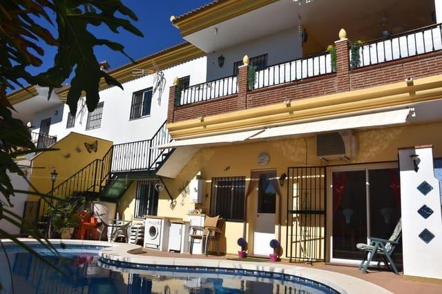 Adosado de 5 habitaciones en Puente de Don Manuel en venta con piscina - 249.750 € (Ref: 4365565)