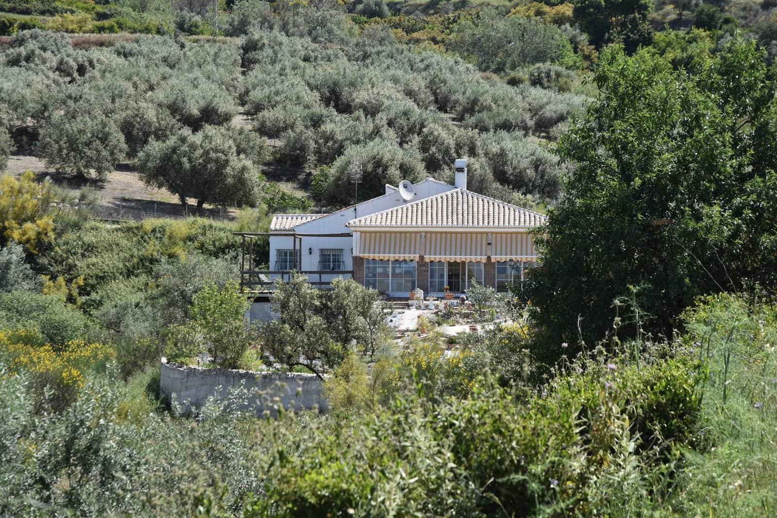 3 bedroom Villa for sale in Alcaucin - € 259,500 (Ref: 4579336)