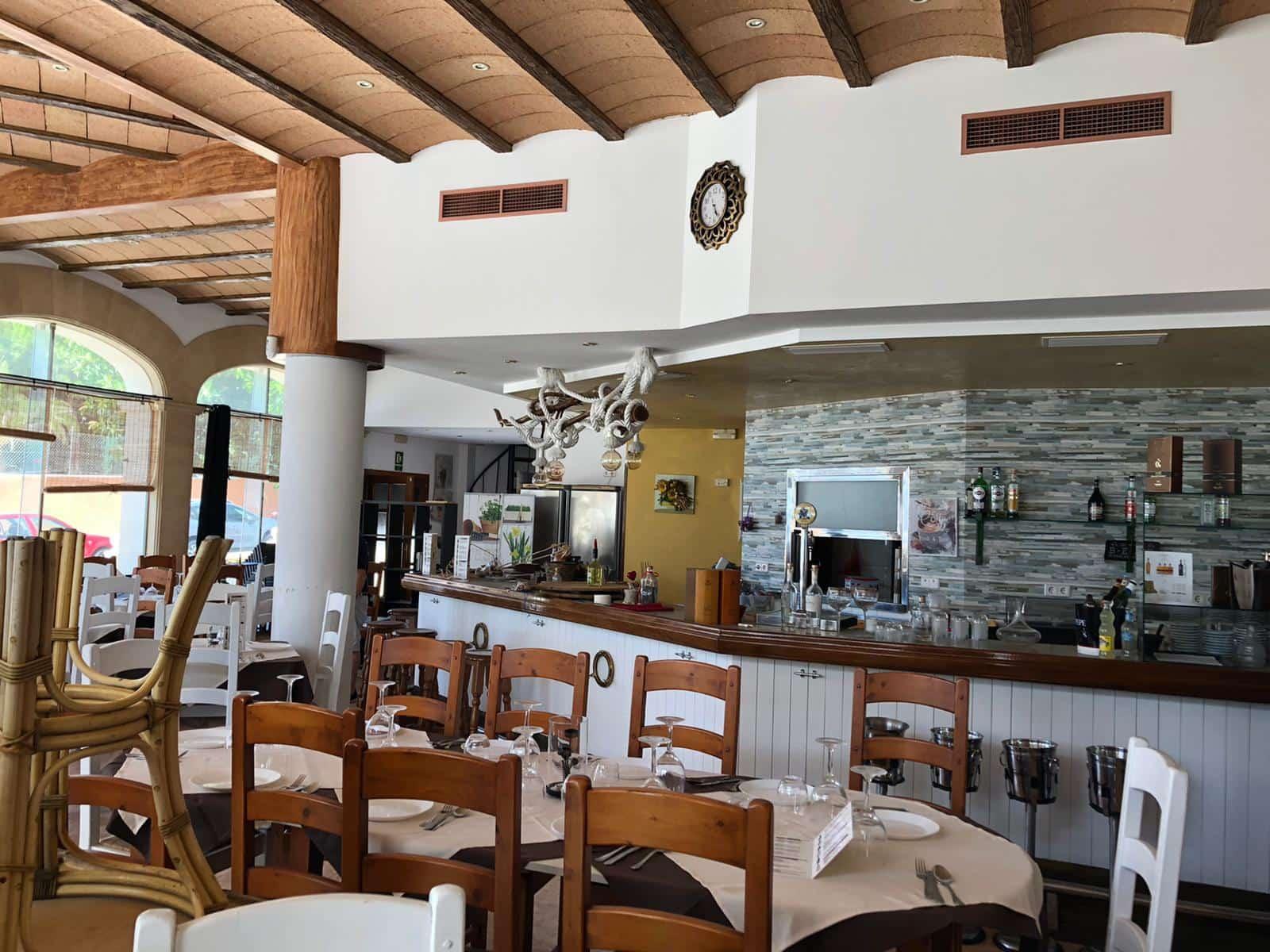 Restaurant/Bar à vendre à Cala Mayor - 480 000 € (Ref: 5405480)