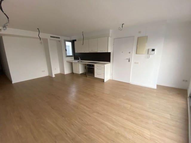 Apartamento de 2 habitaciones en Carcaixent en venta con garaje - 86.000 € (Ref: 4684531)