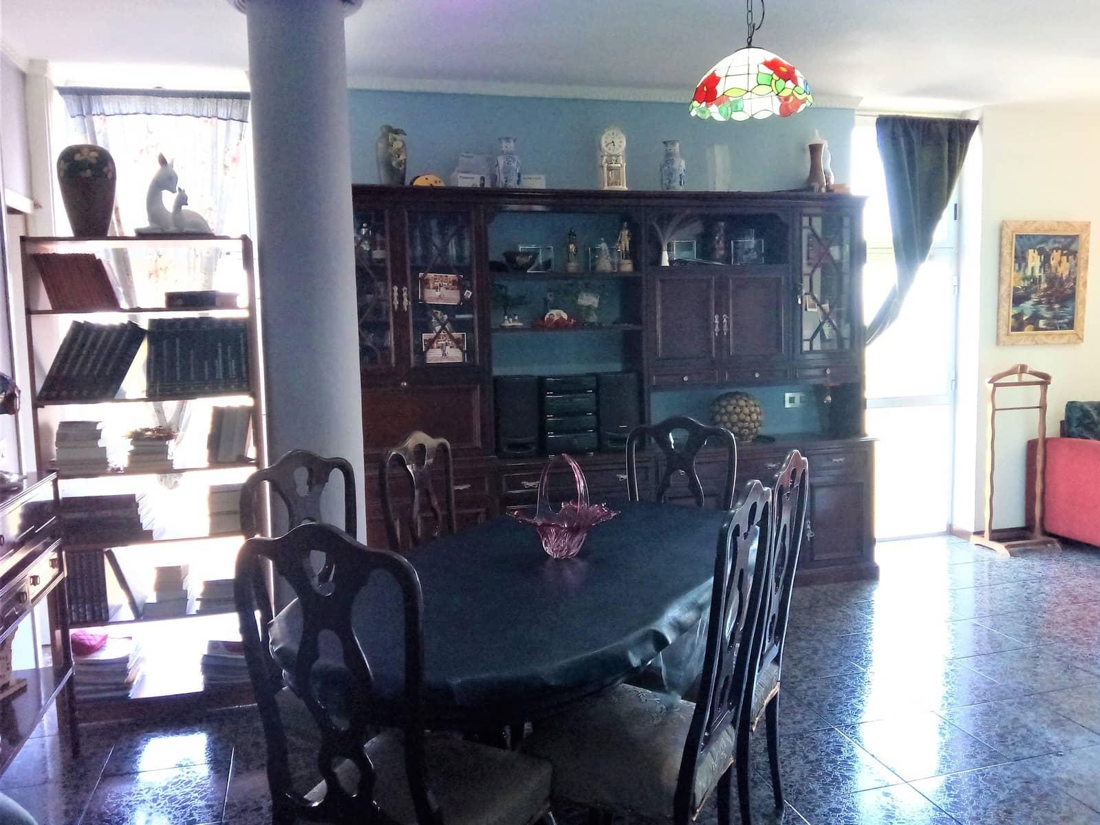 3 Zimmer Wohnung zu verkaufen in La Laguna - 93.000 € (Ref: 4739036)