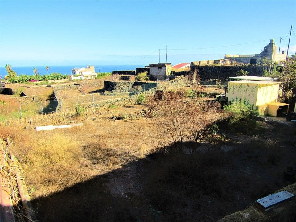 Teren niezagospodarowany na sprzedaż w Puerto de la Cruz - 58 000 € (Ref: 5693666)