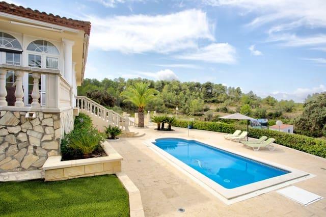 3 soverom Villa til salgs i Salomo med svømmebasseng garasje - € 625 000 (Ref: 5522392)