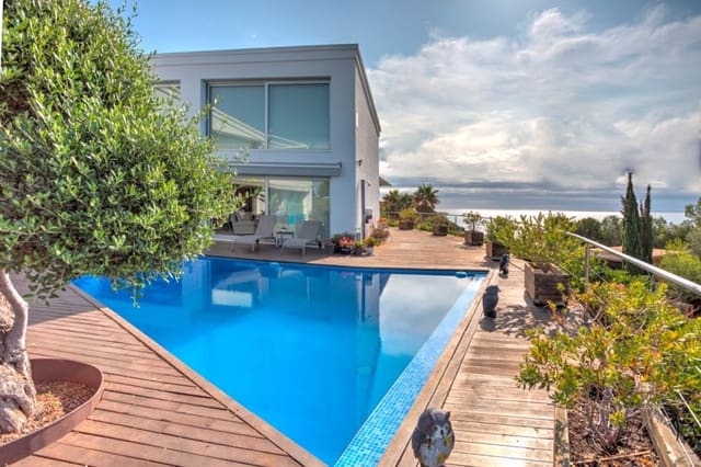 5 soveværelse Villa til salg i Tarragona by med swimmingpool - € 1.500.000 (Ref: 6172539)