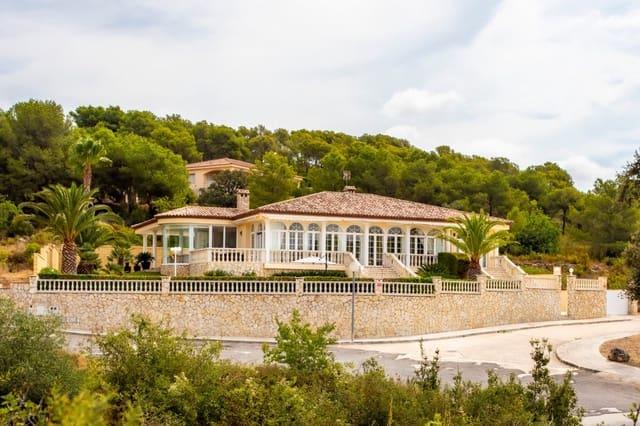 3 soveværelse Villa til salg i Salomo med swimmingpool garage - € 595.000 (Ref: 6172583)