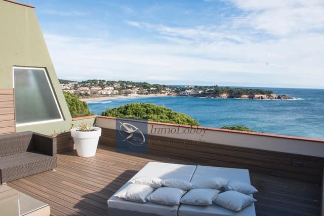 3 bedroom Apartment for holiday rental in Girona city with pool garage - € 4,800 (Ref: 5327269)