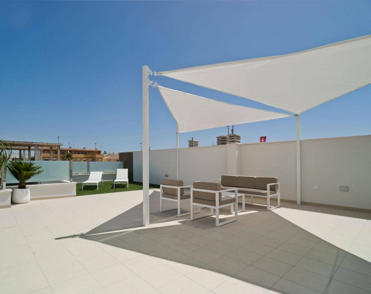 Apartamento de 3 habitaciones en Pilar de la Horadada en venta - 163.900 € (Ref: 4363356)