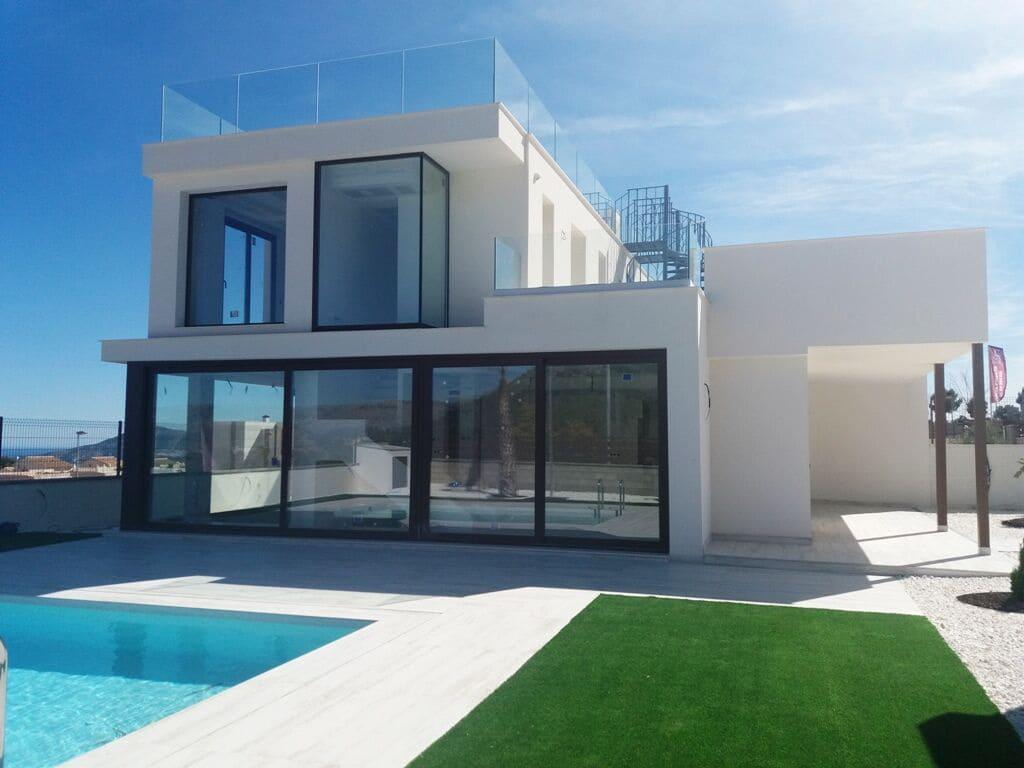 Chalet de 4 habitaciones en Polop en venta - 378.000 € (Ref: 4782711)