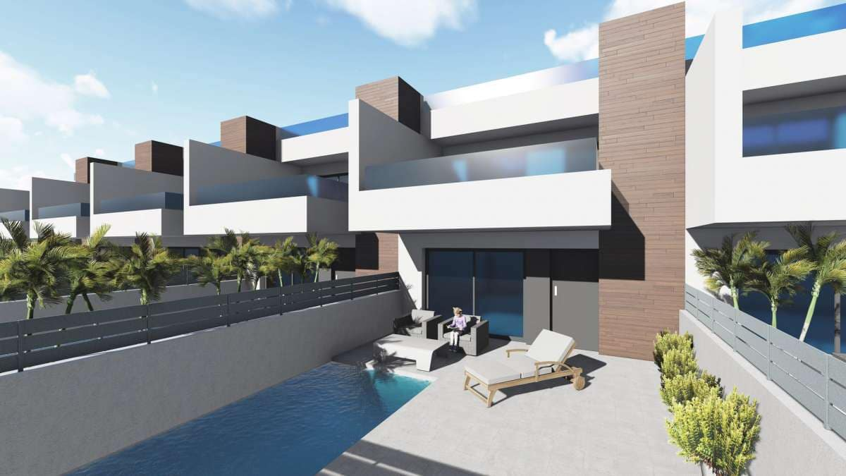 Chalet de 3 habitaciones en Benijófar en venta - 225.000 € (Ref: 5071734)