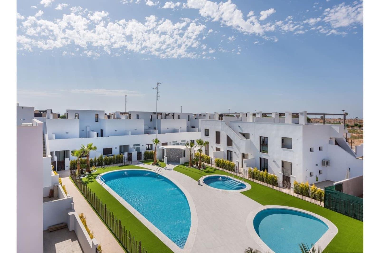 Apartamento de 2 habitaciones en Pilar de la Horadada en venta con piscina - 189.900 € (Ref: 5014980)