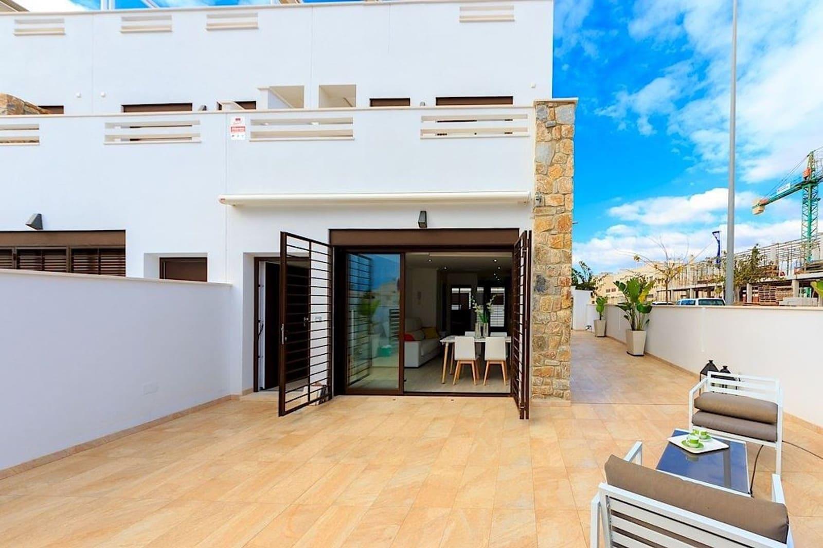 Apartamento de 3 habitaciones en Pilar de la Horadada en venta con piscina - 198.000 € (Ref: 5041507)