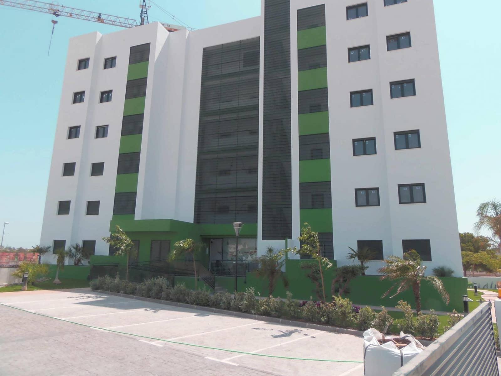 Apartamento de 3 habitaciones en Pilar de la Horadada en venta con piscina garaje - 179.000 € (Ref: 5105973)