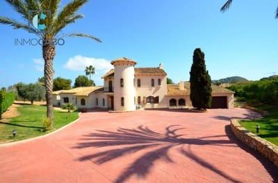 5 bedroom Villa for sale in Atamaria with pool garage - € 2,175,000 (Ref: 5035581)