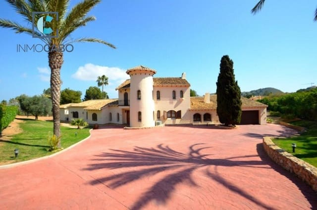 6 chambre Villa/Maison à vendre à Atamaria avec piscine garage - 1 975 000 € (Ref: 5035581)