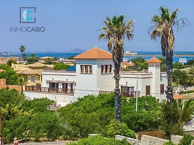 5 sovrum Villa till salu i Cala Flores med garage - 875 000 € (Ref: 5040323)