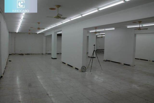 Kommersiell att hyra i Cala Flores - 1 500 € (Ref: 6187721)