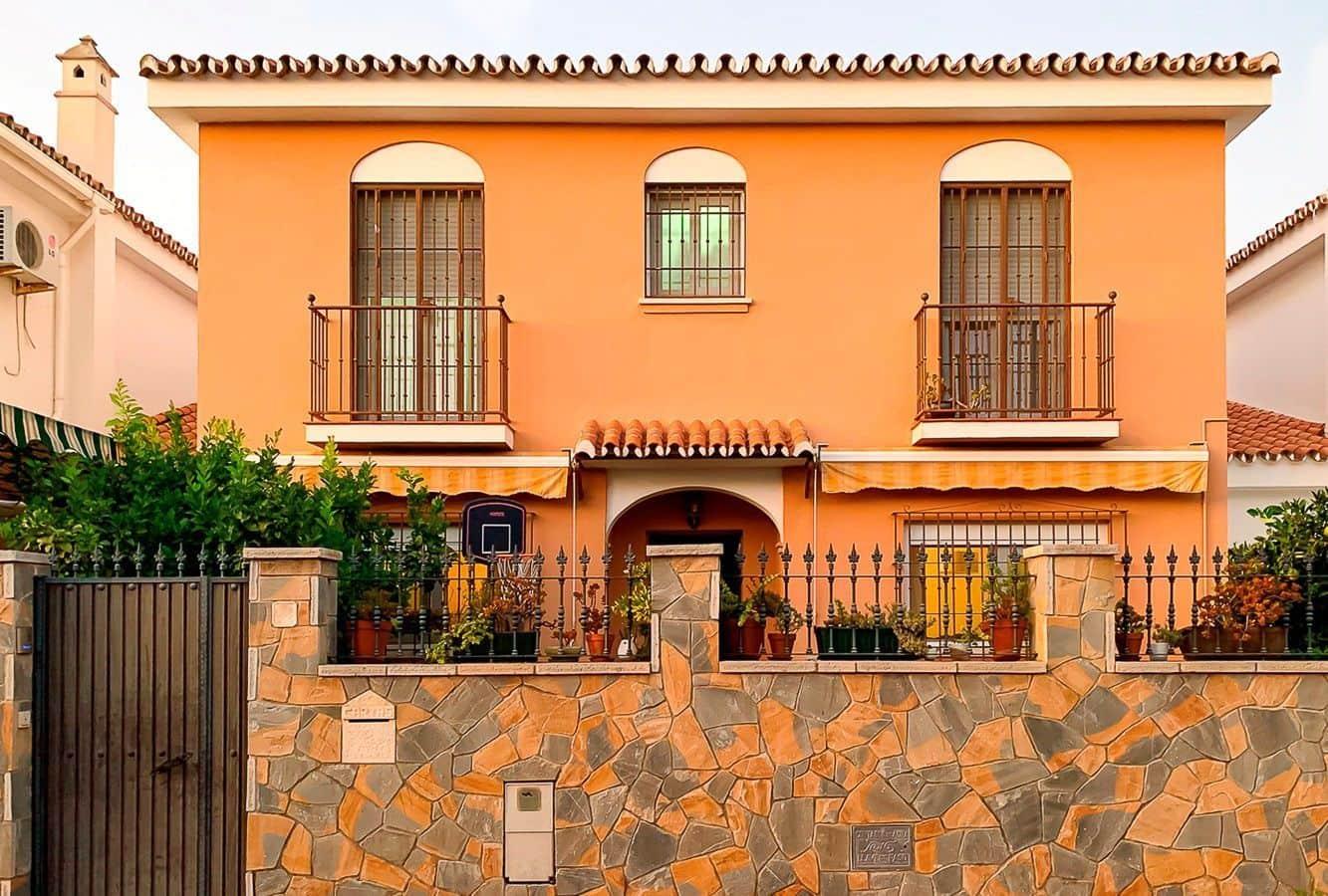 Casa de 4 habitaciones en Campanillas en venta con piscina - 258.000 € (Ref: 5140804)