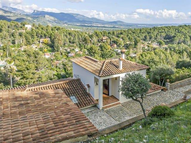 4 sovrum Villa till salu i Esporles - 470 000 € (Ref: 5500909)