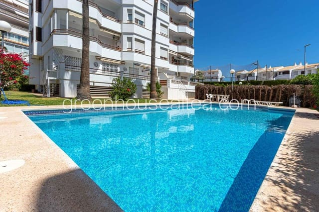 3 bedroom Flat for holiday rental in Altea with pool - € 1,100 (Ref: 5211432)