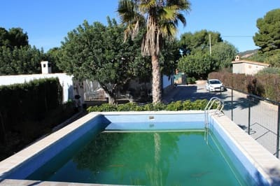 3 bedroom Villa for sale in Olocau with pool - € 144,000 (Ref: 4749732)