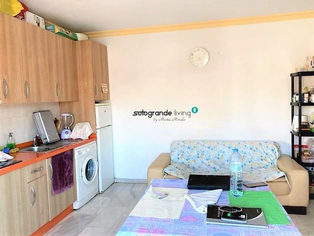 Apartamento de 2 habitaciones en Pueblo Nuevo de Guadiaro en venta - 72.000 € (Ref: 5579220)