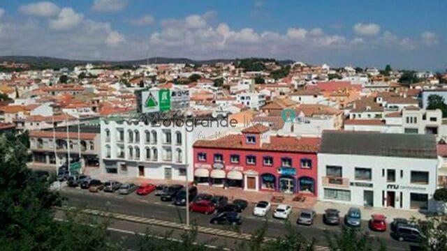 Oficina en Pueblo Nuevo de Guadiaro en venta - 245.000 € (Ref: 5905614)
