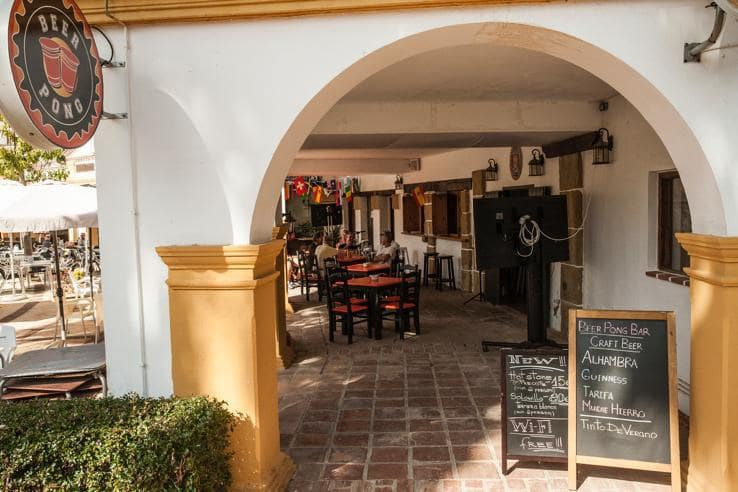 7 chambre Restaurant/Bar à vendre à La Alcaidesa - 550 000 € (Ref: 5108622)
