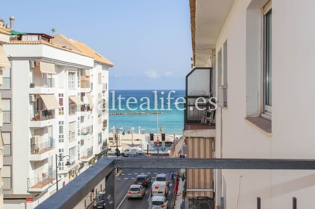 4 bedroom Flat for rent in Altea - € 650 (Ref: 5521297)