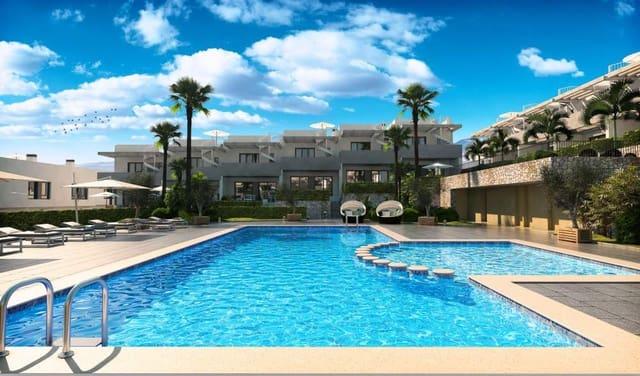 3 quarto Moradia em Banda para venda em Monforte del Cid com piscina - 196 000 € (Ref: 5500851)