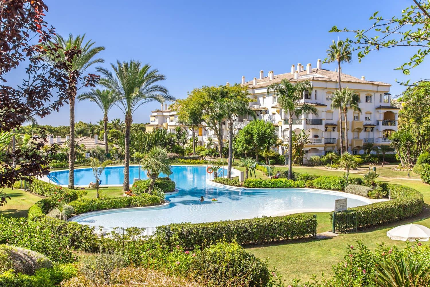 4 bedroom Apartment for sale in Marbella with pool garage - € 593,880 (Ref: 4541287)